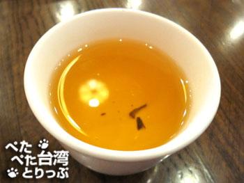 點水樓食べ放題の東方美人茶