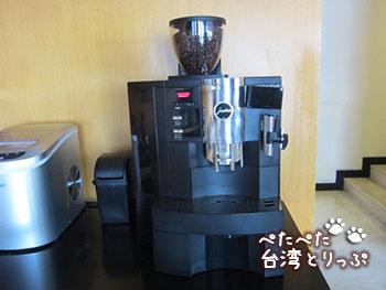 ホテルロイヤルイン台北南西 ラウンジで無料コーヒー