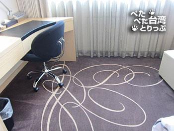 柯達大飯店 台北松江店のデスク