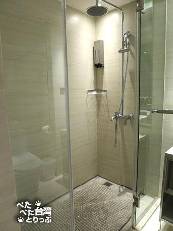 ホテルミッドタウンリチャードソン(徳立荘酒店)シャワールーム