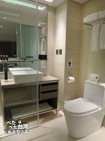 ホテルミッドタウンリチャードソンのトイレ