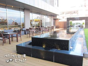 パークシティホテル瀘州(ルゾウ)の6Fテラス