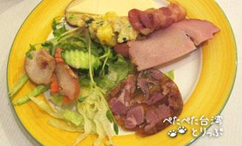 YOMI HOTEL TAIPEI 朝食ビュッフェ